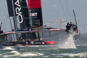 Hydrofoiling catamarans in the 34th America's Cup